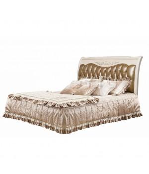 Кровать Честер 200*220 (Слоновая кость, кожа 33) Carpenter 230