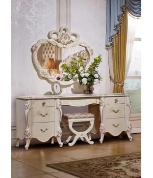 Туалетный столик с зеркалом Шанель маренго с золотом